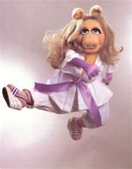 ms piggy exercising